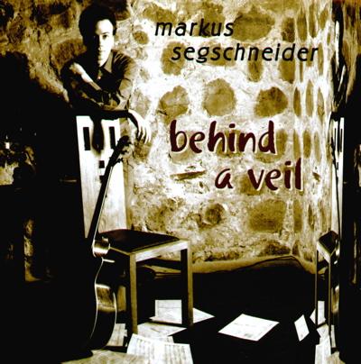 Foto von Behind a veil